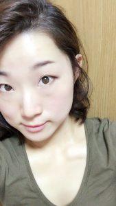 momo's Aroma room 京都のリンパマッサージ & 子連れで行けるアロマサロン-ホワイトニング美容液って効くんですね。